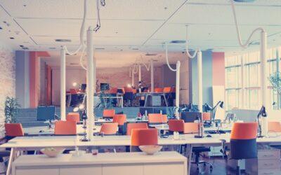 Per un ambiente di lavoro pulito ed igienizzato rivolgiti a L'Italiana, impresa di pulizie per uffici a Varese